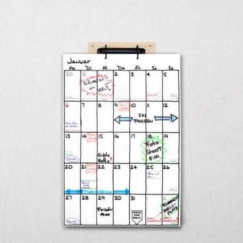 Wandkalender mit Aufhängung